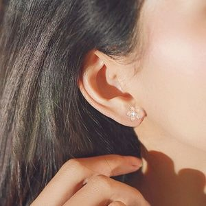 Jewelry - Dainty Gold Flower Crystal Zircon Stud Earrings